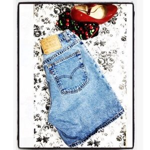 Vintage Levi's 551 High Waisted Jean Shorts Sz 12